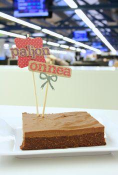 Raakasuklaabrownie-kakku / Raw chocolate brownie cake