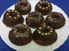 Reteta Mini guguluf Doughnut, Muffin, Breakfast, Desserts, Food, Morning Coffee, Tailgate Desserts, Deserts, Muffins