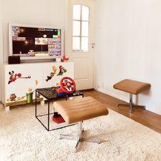 Gaming room | super mario room | Nintendo room | lekerom | gutterom inspirasjon Super Mario Room, Nintendo Room, Floor Chair, Game Room, Nintendo Switch, Corner Desk, Ikea, Gaming, Flooring