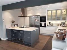 New Kitchen, Backsplash, Floors, Villa, Interior Design, Home Decor, Kitchen Inspiration, Home Tiles, Nest Design