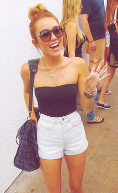 Miley Cyrus - I want this outfit. @Ashlee Outsen Outsen Outsen Colby I feel like you would like this outfit also!
