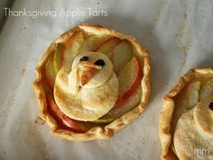 Thanksgiving turkey apple tarts