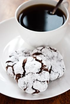 mexican chocolate crackle biscuits - possibly the bottom of a chocolate refrigerator cake?? mmm
