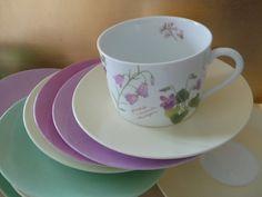 tasse à déjeuner champêtre en porcelaine décorée dans notre atelier de Normandie