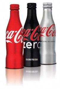 A diferencia de casi todas las demás marcas históricas con más de un siglo de vida, el logotipo de Coca-Cola ha permanecido prácticamente idéntico (salvo ...