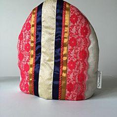 Royal Gold tea Cozy Tea Cozy, Pattern Books, Interior Decorating, Wool, Knitting, Crochet, Handmade, Collection, Home Decor