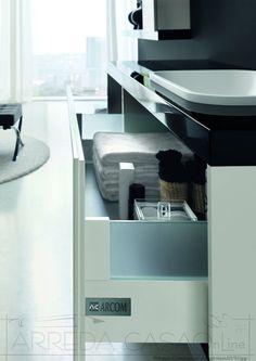 Arredo Bagno moderno bianco nero lucido Tamb10 | Prezzo ARREDACASAOnLine