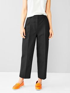 Pleated pants Product Image