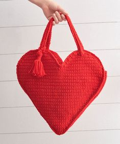 Heart Tote Bag Free Crochet Pattern #crochetbags