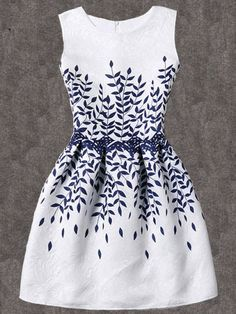 SheIn offers Branch Print Fit & Flare Dress & more to fit your fashionable needs. Short Summer Dresses, White Dress Summer, Short Sleeve Dresses, Dresses With Sleeves, Dress Long, Long Sleeve, Pretty Dresses, Beautiful Dresses, White Skater Dresses