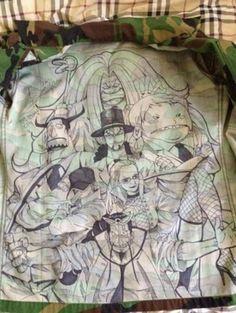군부대 흔한 그림쟁이가 화제다.     최근 한 온라인 커뮤니티 게시판에는 '군부대 흔한 그림쟁이'라는 제목의 사진이 공개됐다.