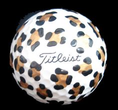 Leopard golf balls!!! I want these but I'd be bummed when I lose any in the woods.