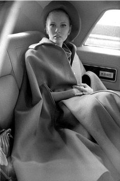 Faye Dunaway    Live a luscious life with LUSCIOUS: www.myLusciousLife.com