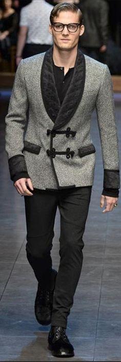 Dolce & Gabbana Fall 2015 Menswear | Men's Fashion & Style | Moda Masculina | www.designerclothingfans.com