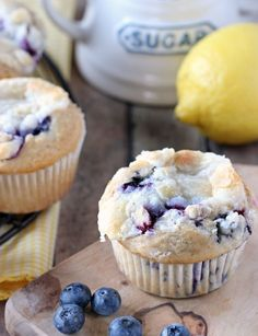 Lemon lovers pucker up with these LEMON POPPY SEED MUFFINS drizzled with lemon glaze. It's a flavor explosion in your mouth that is perfect for breakfast, brunch or just snacking! Croissants, Cream Cheese Muffins, Lemon Poppyseed Muffins, Baking Muffins, Blueberry Recipes, Blue Berry Muffins, Muffin Recipes, Desert Recipes, Sweet Bread
