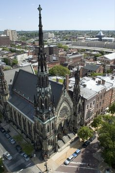 Pictures of Maryland: Baltimore - Mount Vernon Place Methodist Church ~ Aerial view of the United Methodist Church, with its grand spire, in Baltimore, Maryland - photo via PlanetWare Nebraska, Oklahoma, Religious Architecture, Church Architecture, Victorian Architecture, Baltimore City, Baltimore Maryland, Wyoming, Beautiful Buildings