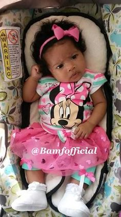 she look like ish whet you mean I cant go to DisneyWorld Cute Black Babies, Beautiful Black Babies, Beautiful Children, Little Babies, Cute Babies, Baby Kids, Cutest Babies Ever, Baby Swag, Mixed Babies