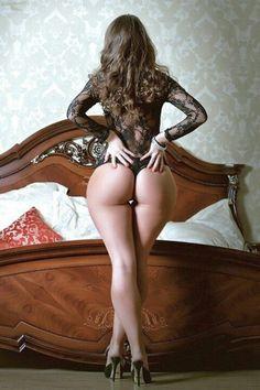 Sensual Curves: The Women!