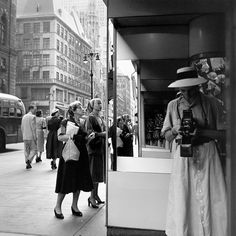 Vivian Maier Self-Poltrait 1950s - Selfie infinito