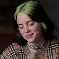Billie Eilish, Grunge Hair, Laksa, Celebs, Celebrities, Queen, Girl Crushes, My Idol, Beautiful People