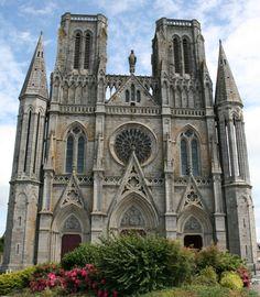 Notre Dame des Champs, Avranches