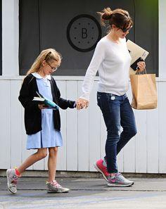 Jennifer Garner & Violet: Brentwood Bookworms - http://site.celebritybabyscoop.com/cbs/2015/04/22/jennifer-brentwood-bookworms #BenAffleck, #GiseleBundchen, #GMO, #JenniferGarner, #JustLabelIt, #SeraphinaAffleck, #VioletAffleck