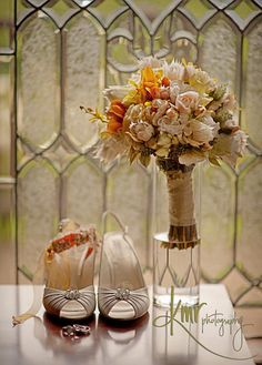 Neutral #wedding bouquet with touches of yellow.  Created by m. @meredithlaw copy this photo !