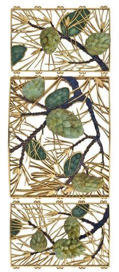 'Pine cones' dog collar plaque, by René Lalique, circa 1900, Paris. #ArtNouveau #Lalique  #collar #plaque