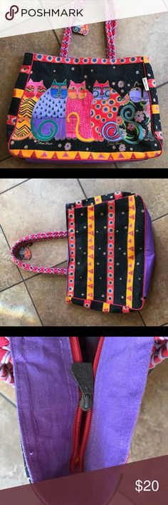 Large Laurel Birch canvas purse. Good condition. Still has original gold lines. Zipper not working, is the only flaw. laurel burch Bags Totes