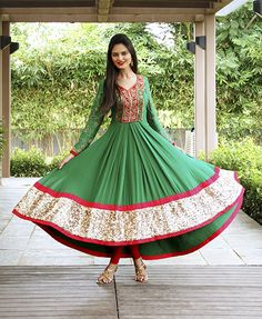 for the love of anarkali moda Fashion elbise tarz Punjabi Fashion, Ethnic Fashion, Bollywood Fashion, Asian Fashion, Women's Fashion, Mehndi, Coast Dress, Sari, Desi Clothes