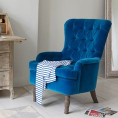 Chesterfield high back small Hound Dog bedroom armchair