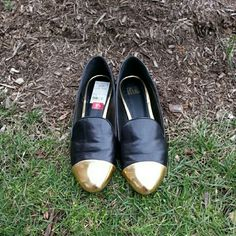 💋sale💋Madonna Truth or Dare Flokiko Flats Fabulous flats! Great condition has small scuff in front. Must have in wardrobe! Leather upper.  Price firm truth or dare Shoes Flats & Loafers