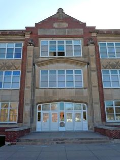 Grand Island Senior High School (or Walnut Street High School) on the NRHP since November 22, 1999. Built 1925, turned into a Junior High School, and then apartments. At 504 N. Elm St. (not Walnut) - named after the previous school on Walnut Street. In Grand Island, Hall County, Nebraska. 40°55′44″N 98°21′1″W Grand Island