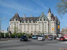 ... ville d'Ottawa, mai 2008. Le Château Laurier dans la ville d...