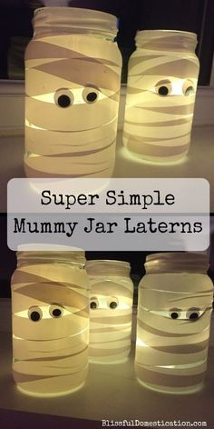 These little Mummy Jam Jar Laterns are perfect for Halloween and are sooo super simple, that children of all ages can get involved with making them. decoration for home Super Simple Mummy Jam Jar Laterns Casa Halloween, Easy Halloween Crafts, Holiday Crafts, Halloween Recipe, Halloween Halloween, Halloween Makeup, Homemade Halloween, Halloween College, Women Halloween