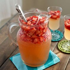 This sparkling strawberry ginger lemonade is the perfect refreshing treat to beat the heat, and makes a great summer party mocktail! Fun Cocktails, Fun Drinks, Yummy Drinks, Cocktail Recipes, Mixed Drinks, Alcoholic Drinks, Beverages, Ginger Lemonade, Frozen Lemonade