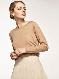Spring summer 2017 Women´s 100% CASHMERE ROUND NECK SWEATER at Massimo Dutti for 109. Effortless elegance!