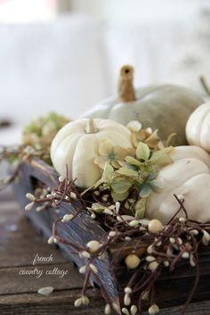 10 Beautiful Neutral Fall Tablescapes - unOriginal Mom