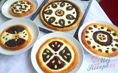 Valašské koláče s tvarohem, mákem a povidly | NejRecept.cz Czech Recipes, Cake Decorating, Cheesecake, Muffin, Food And Drink, Pudding, Cupcakes, Cookies, Baking