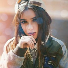 Image about girl in tumbrl by Anna on We Heart It Girls Dp Stylish, Stylish Girl Images, Photography Poses Women, Portrait Photography, Girl Pictures, Girl Photos, Girl Photo Poses, Beautiful Girl Image, Instagram Girls