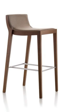 Moka MKT301-A is worthy of special attention - a perfect marriage of leather and wood by Fornasarig creates a contemporary stool that is unsurpassed in terms of quality and style.