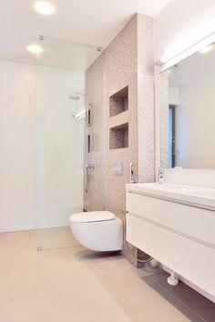 Beigeä ja valkoista kylpyhuoneen valinnoissa, Laatat: ABL-Laatat #beige #valkoinen #laatat #kylpyhuone #vessa #abl #abllaatat