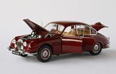 1/18 Der britische Daimler V8-250 - Modelcarforum