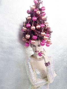 Want some holiday hair inspiration? Take your Christmas spirit to the next level with this extreme Christmas tree hair. Want some holiday hair inspiration? Take your Christmas spirit to the next level with this extreme Christmas tree hair. Christmas Salon, Christmas Tree Hair, Christmas Store, Pink Christmas, Vintage Christmas, Christmas Baubles, Christmas Window Display, Christmas Decorations, Ugly Sweater Party
