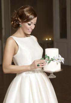 esküvő-fodrász-menyasszony-frizura-haj-szakember