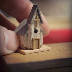 Miniature Christmas Church ♡ ♡ By yuki*のブログ Miniature Crafts, Miniature Christmas, Miniature Houses, Christmas Wood, Christmas Signs, Wooden Art, Wooden Crafts, Diy And Crafts, Driftwood Projects
