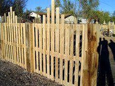 10 cercas de paletes de madeira reciclada                                                                                                                                                                                 Mais