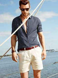 24 cool and relaxed beach men outfits styleoholic men beach outfit Mens Fashion Suits, Men's Fashion, Fashion Ideas, Beach Fashion, Men Summer Fashion, Fashion Photo, Men's Work Fashion, Fashion Inspiration, Latex Fashion