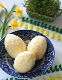 zobacz jak łatwo zrobić w domu prawdziwe masło