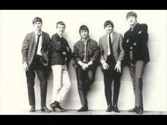 The Animals,a lead singer in eric burdon,who has a great voice and some great songs too! 60s Music, Music Songs, Music Videos, Rock N Roll, Genre Musical, San Francisco At Night, Nights Lyrics, Eric Burdon, House Of The Rising Sun